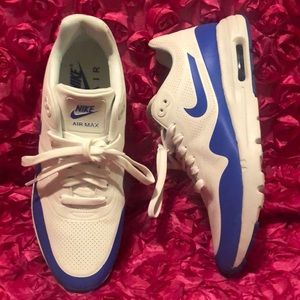 Women Nike Air Max 1 Ultra Moire Sneakers